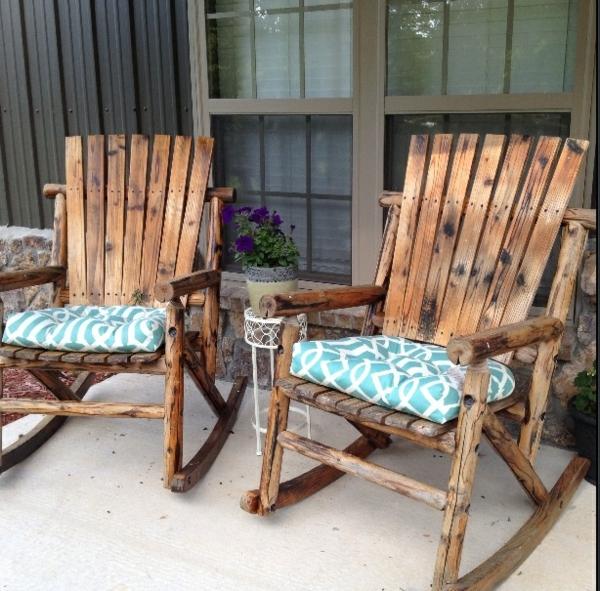 chaise-à-bascule-bois-extérieur