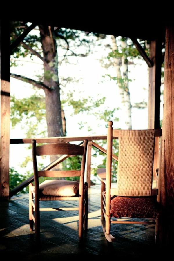 chaise-à-bascule-véranda
