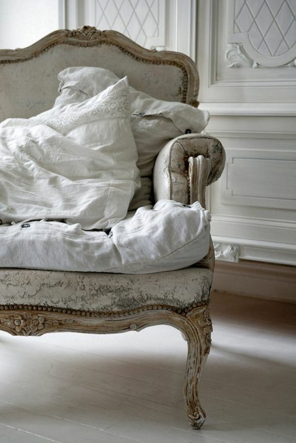 chaise-baroque-clair