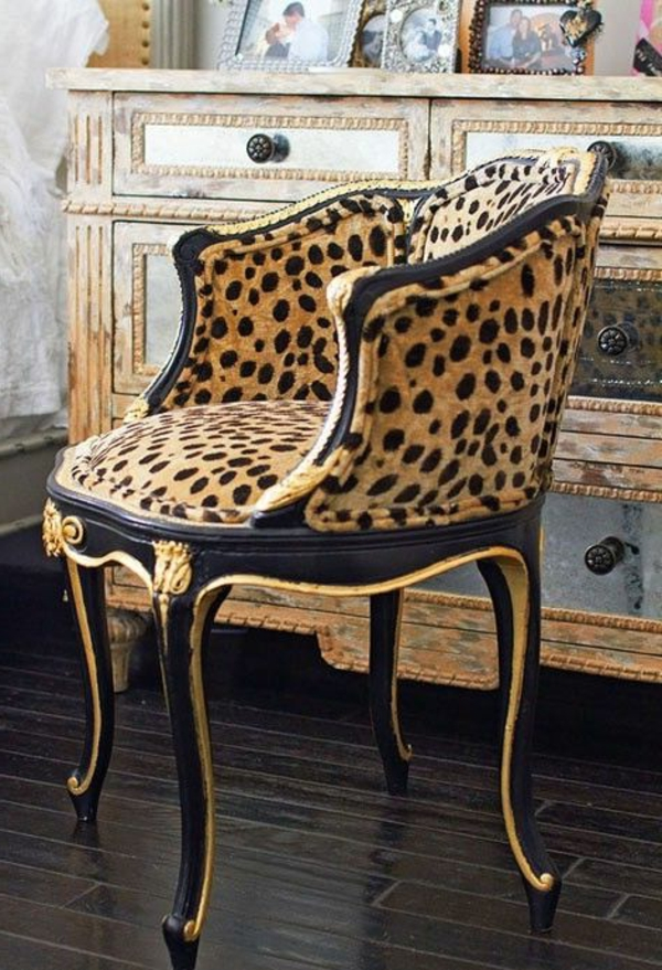 chaise-baroque-noir