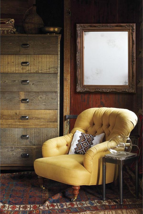 chaise-jaune-miroir