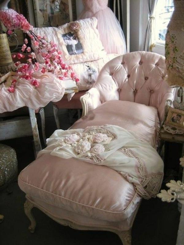 chaise-vintage-en-rose