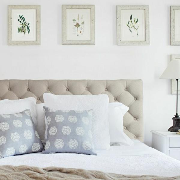 fabriquer-une-tête-de-lit-chambre-à-coucher-beige-coussins-gris-points-blanc