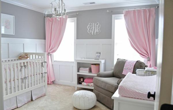 Chambre Bebe Gris Taupe : Chambre de bébé fille en rose, blanche et grise, lit bébé, table