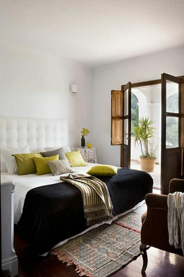 chambre-coucher-tapis-coloré