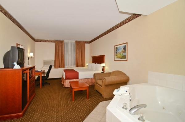 chambre-d'hôtel-avec-jacuzzi-appartement-équipé