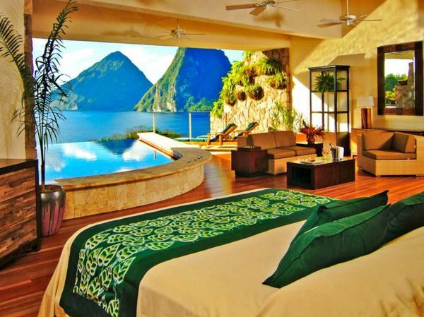 chambre-d'hôtel-avec-jacuzzi-aux-Caraibes