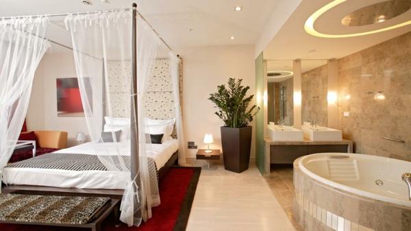 Chambre d 39 h tel avec jaccuzi int rieurs inspirants et vues splendides - Baignoire dans chambre ...