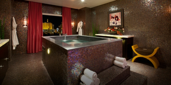 chambre-d'hôtel-avec-jacuzzi-chambre-spectaculaire