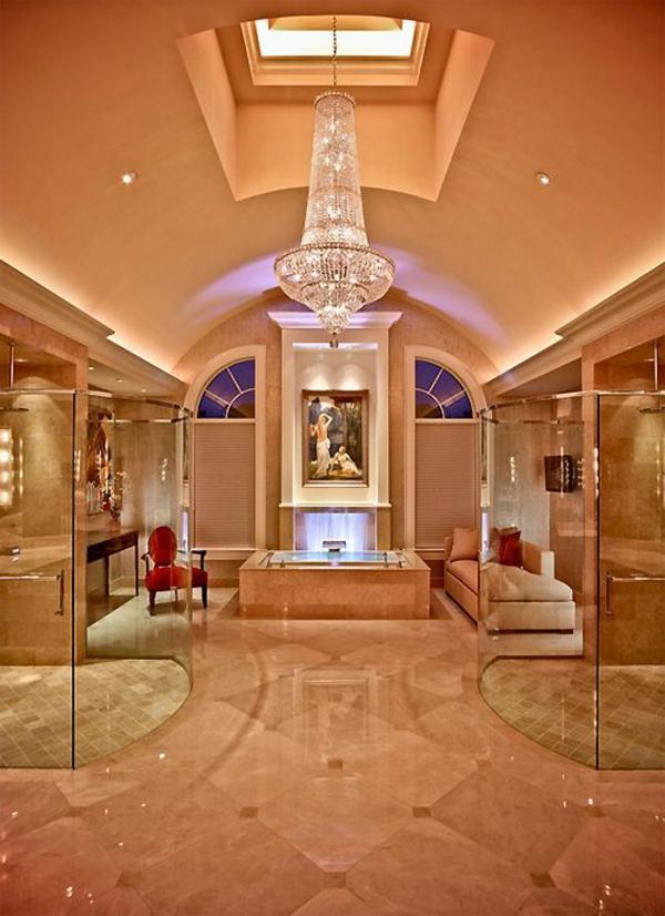 chambre-d'hôtel-avec-jacuzzi-intérieur-spectaculaire
