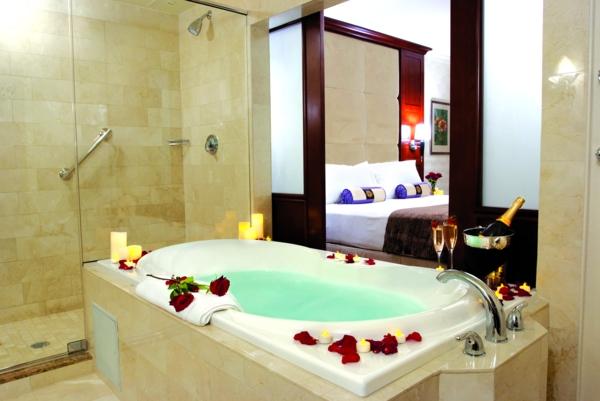 Salle De Bain Luxueuse D Hotel : Chambre d hôtel avec jaccuzi intérieurs inspirants et