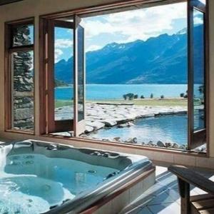 Chambre d'hôtel avec jaccuzi - intérieurs inspirants et vues splendides