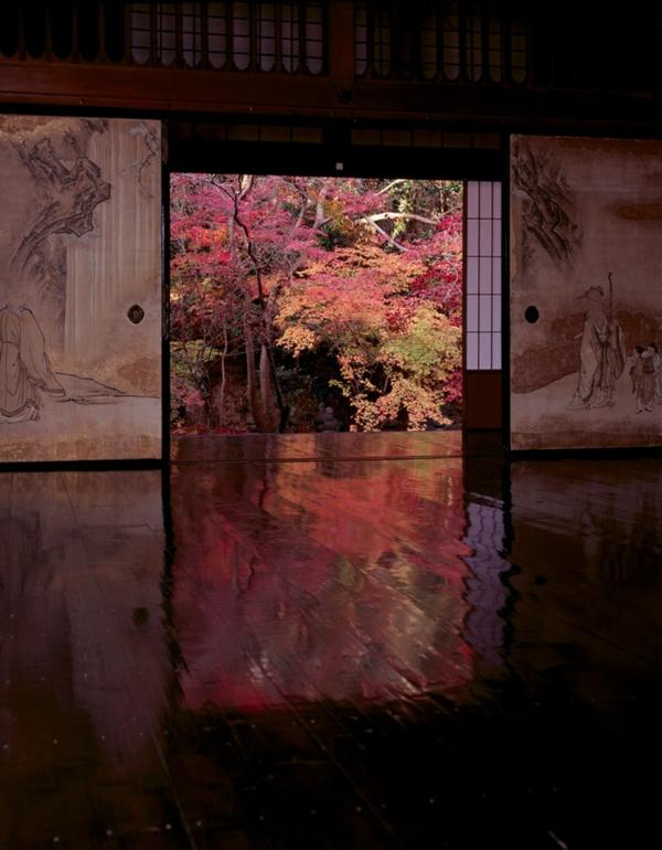 chambre-japonaise-grande-porte