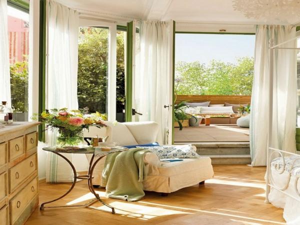 décorer sa chambre printemps-salle-de-séjour-vaste-table-chaise