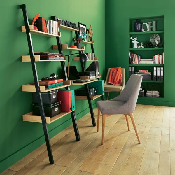 chambre-verte-bibliothèque-échelle-et-bureau-avec-chaise
