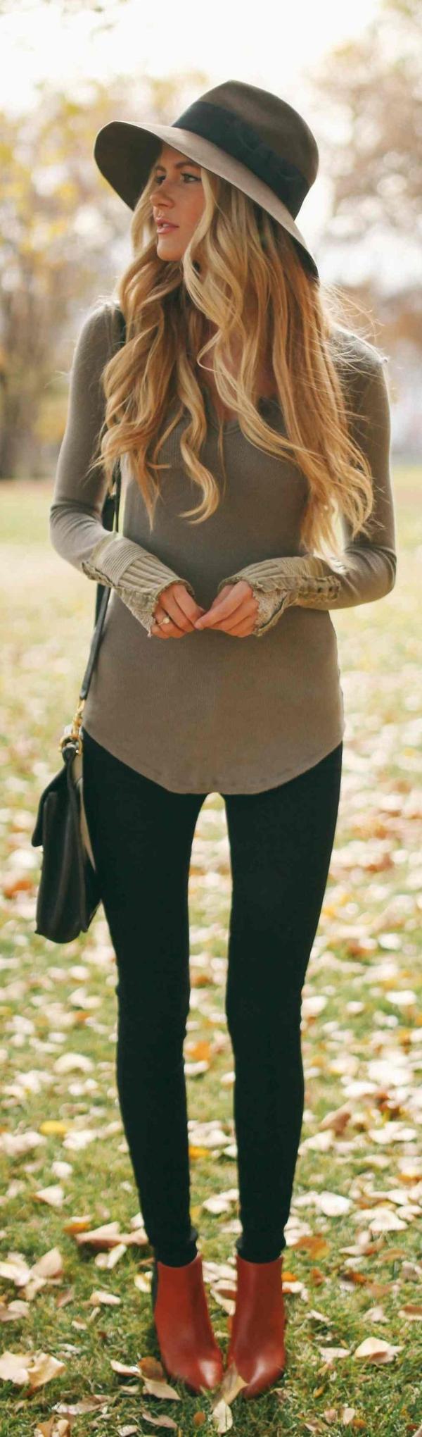 chapeau-élégant-blonde-femme