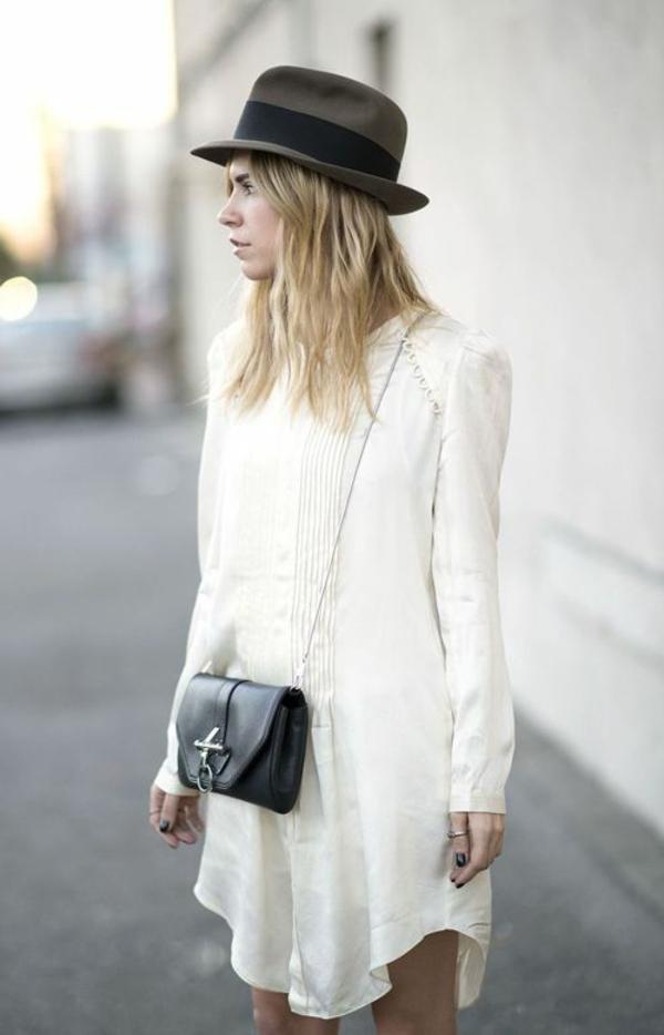chapeau-élégante-à-la-mode-rue