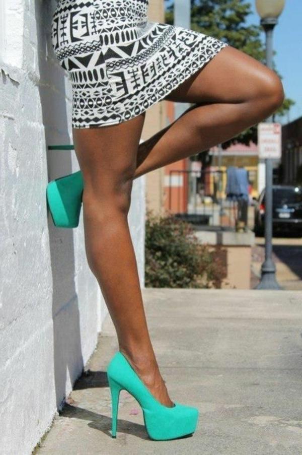 chaussures-à-talon-haut-bleu