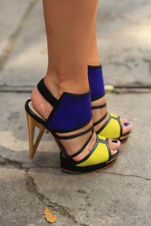 chaussures-à-talon-haut-colorés)
