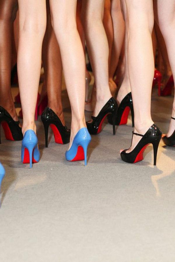 chaussures-à-talon-haut-colorés