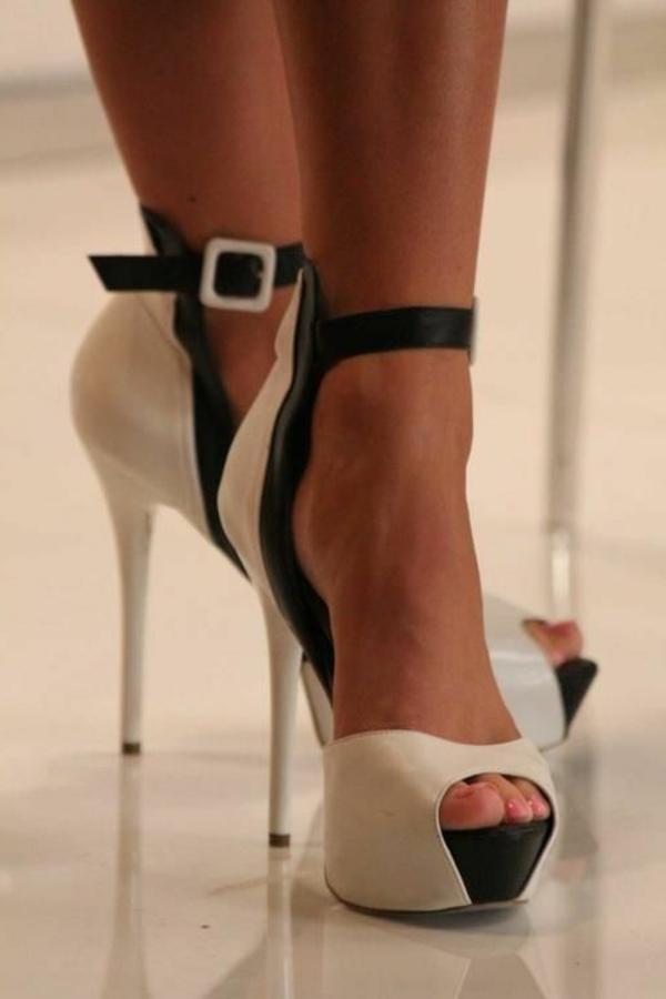 chaussures-à-talon-haut-noir-blanc