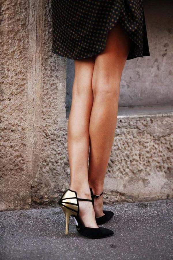 chaussures-à-talon-haut-noirs