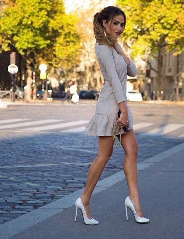 chaussures-à-talon-robe-beige
