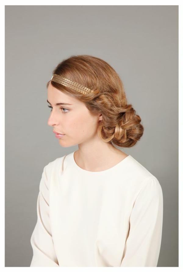 chignon-romantique-cheveux-marron