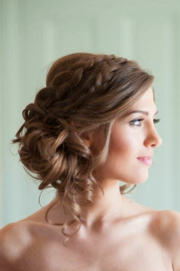 chignon-romantique-cheveux