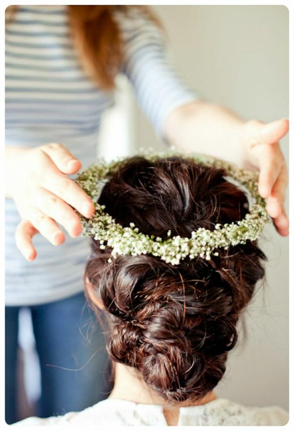 coiffure-avec-couronne-brun