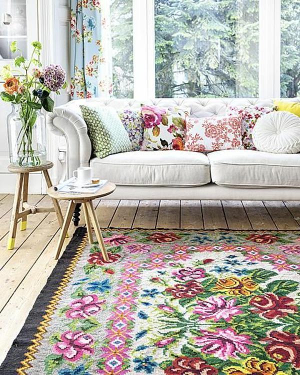 composer-les-fleurs-de-printemps-salle-de-séjour