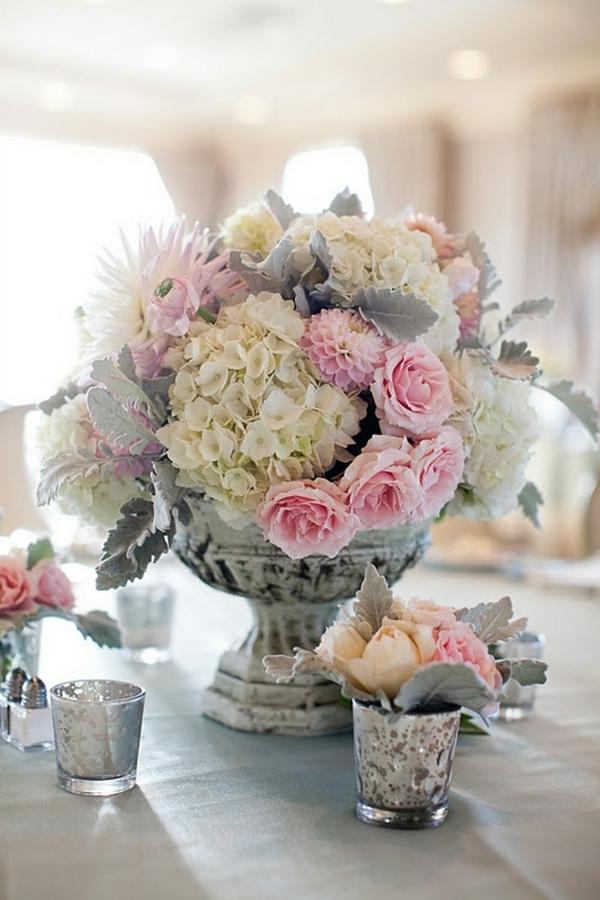 composition-des-fleurs-jolie-bouquet-roses