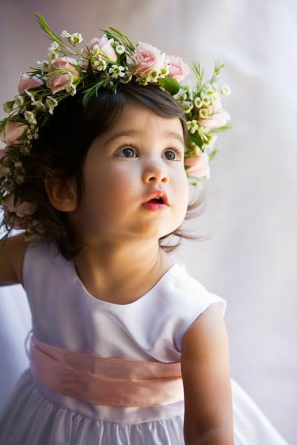 couronne-de-fleurs-enfante