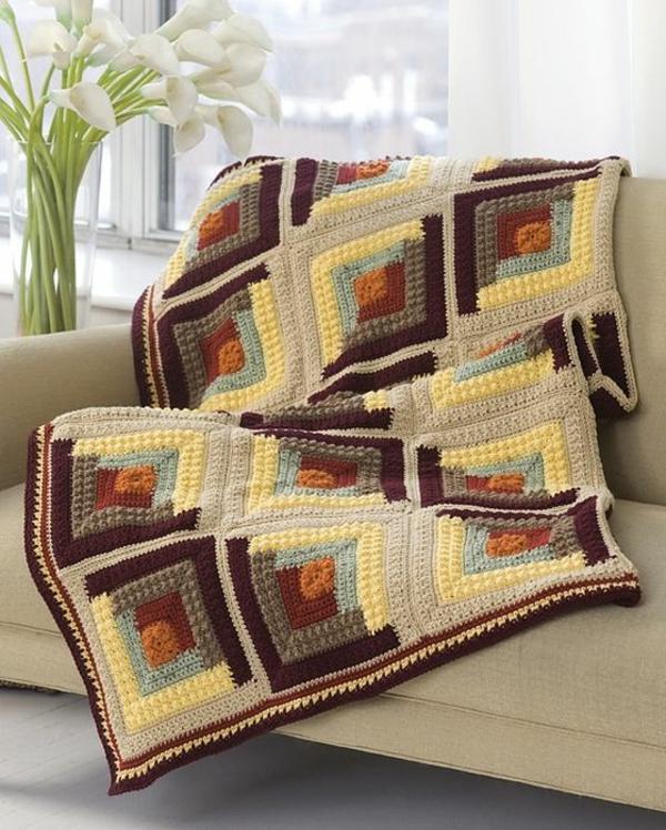 la couverture au crochet pour votre ancien canap. Black Bedroom Furniture Sets. Home Design Ideas