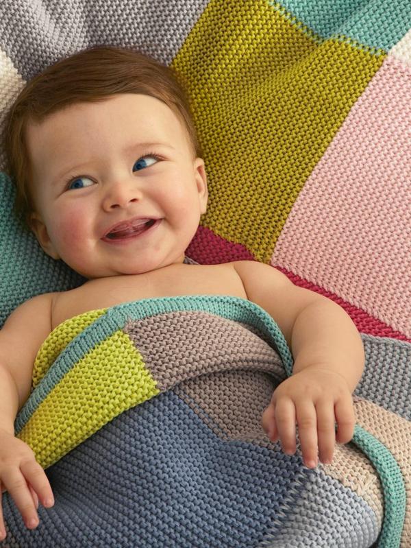 couverture-tricoté-lit