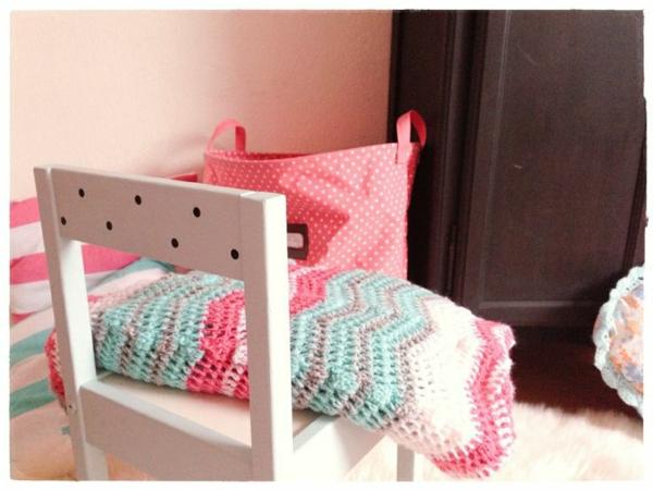 couverture-tricoté-pour-lit-meuble
