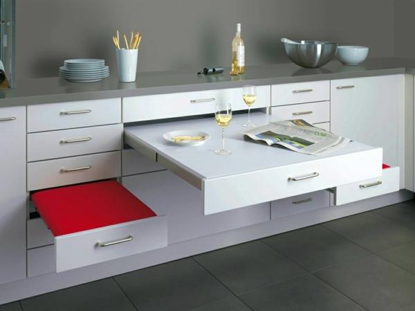 cuisine-mobilier-modulaire-pour-gaigner-espace-table-et-chaises-cachées