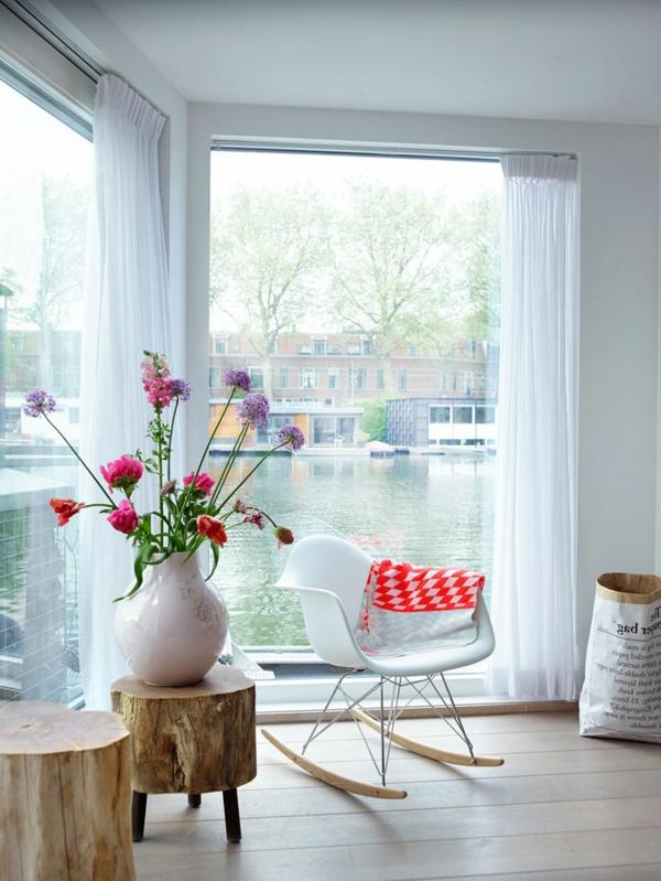 déco-salle-de-séjour-avec-fleurs
