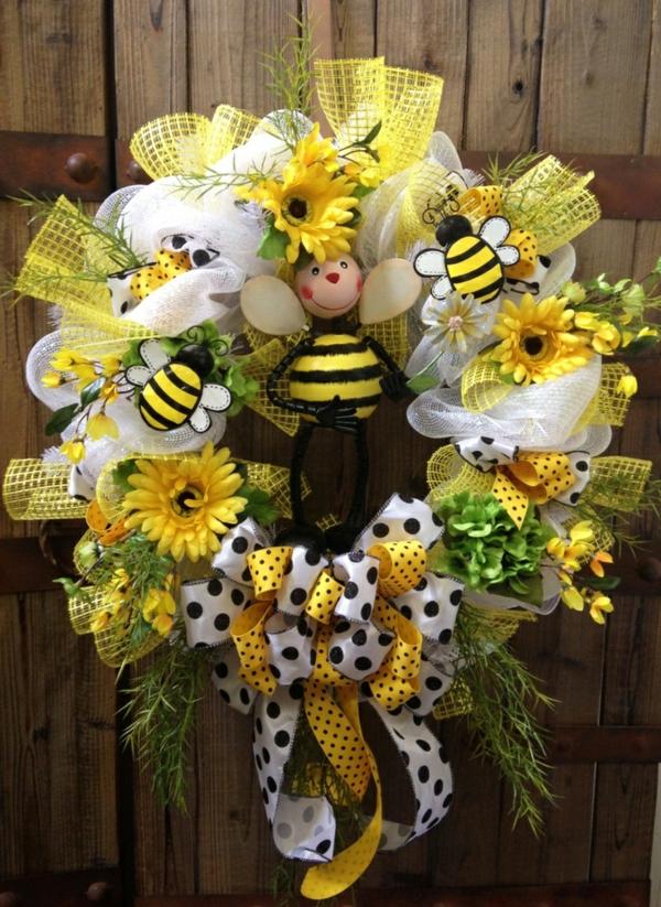décoration-avec-fleur-couronne-de-fleurs