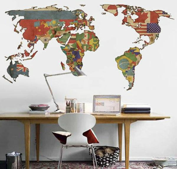 décoration-chambre-adulte-plane-du-monde-classique-bureau-chaise-lampe
