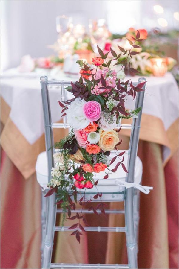 décoration-florale-pour-chaise