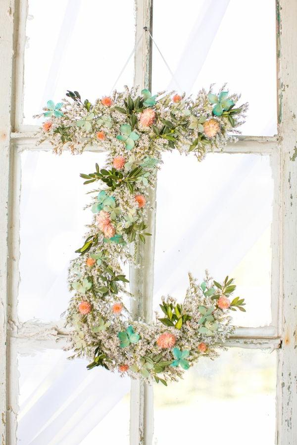 décoration-florale-pour-porte