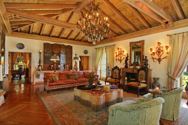 décoration-orientale-intérieur-oriental-plafond-en-bois