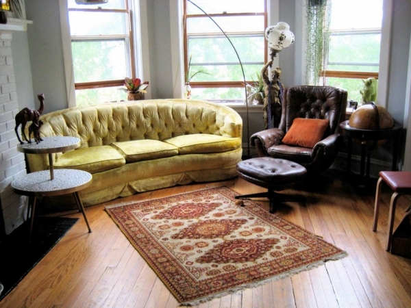 décoration-orientale-tapis-persan-et-sofas-capitonnés
