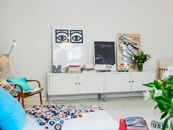 décoration-scandinave-éléments-colorés
