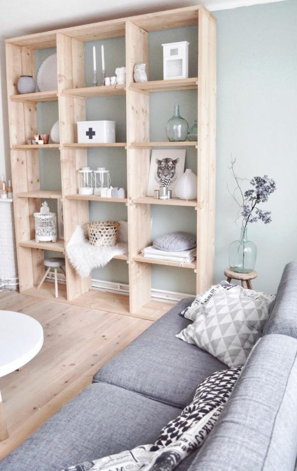 décoration-scandinave-divan-gris-et-dé co-en-bois