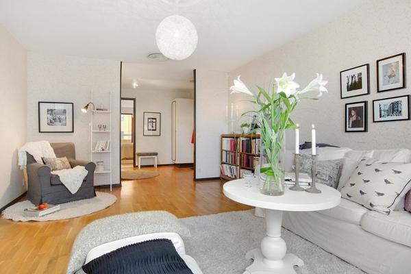 décoration-scandinave-petite-table-ronde