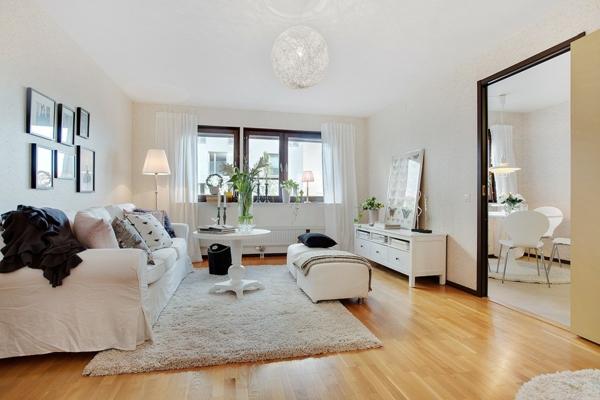 décoration-scandinave-salle-de-séjour-blanche