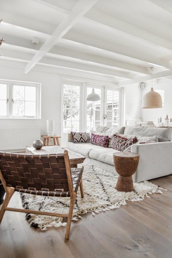 décoration-scandinave-un-intérieur-loft-en-blanc