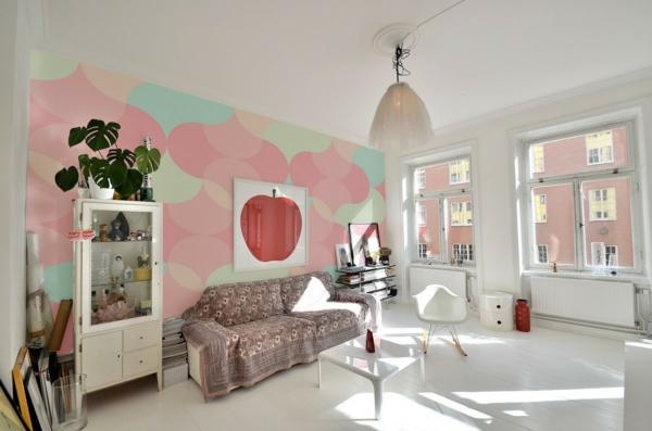 décoration-scandinave-un-sol-blanc-et-un-mur-coloré